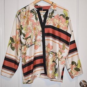 GUCCI Oversized Floral Button Down Blouse NWOT